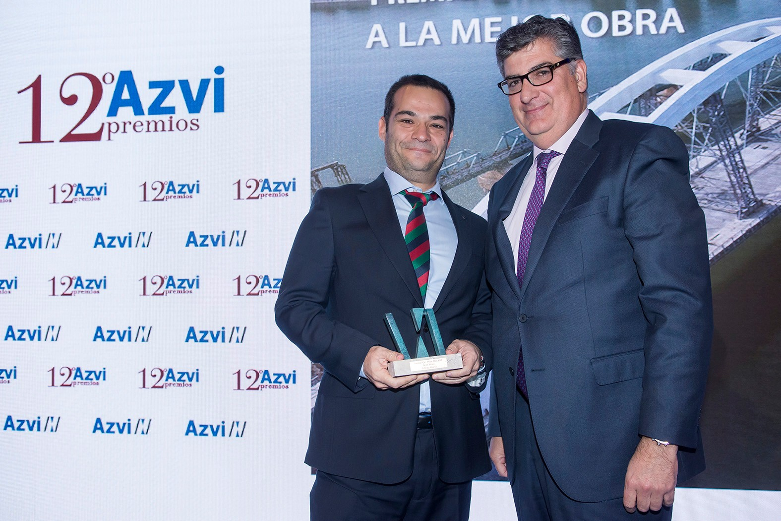 12 premios Azvi 111